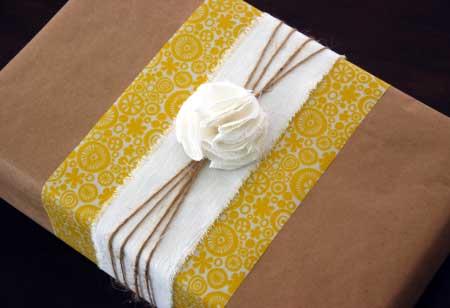 Ideas bueno bonito y barato part 5 - Envolver regalos con papel de seda ...