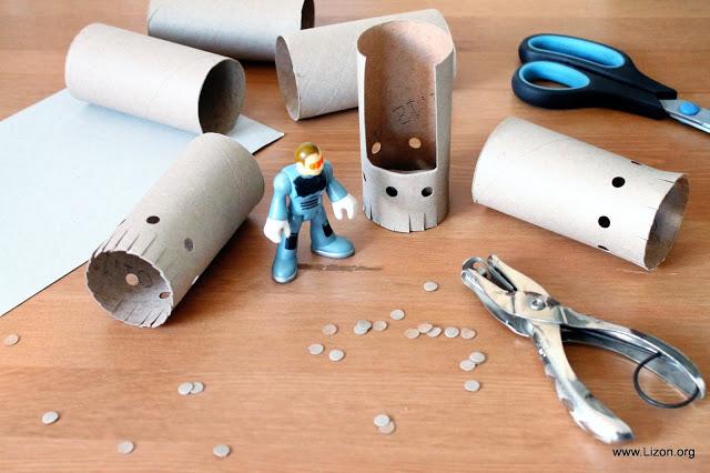 Diy niños: Cohete espacial con tubos de cartón de papel higiénico